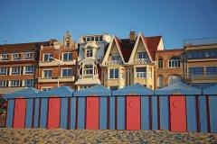 Les cabines de Malo devant les villas à l'anglaise (© Olivier LECLERCQ)