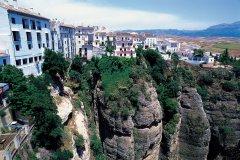 L'impressionnante gorge du Tajo divise la ville de Ronda en deux. (© Author's Image)