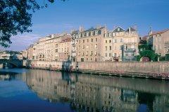 Maisons bourgeoises sur les rives de la Moselle - Metz (© ERWAN LE PRUNNEC - ICONOTEC)