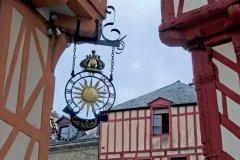 Ruelle médiévale et maisons à colombages, à Vannes. (© DIDIER VAN DER HAEGHEN - FILOPIX)