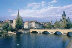 Le Temple Neuf au bord de la Moselle - Metz (© ERWAN LE PRUNNEC - ICONOTEC)