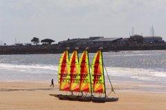 Catamarans, plage de Pornichet. (© Linda CASTAGNIE)