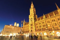 Neues Rathaus. (© Lawrence BANAHAN - Author's Image)