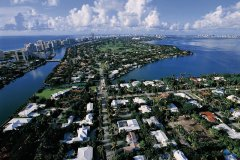 Vue aérienne de Miami Beach. (© Siegfried Stoltzfuss - Iconotec)
