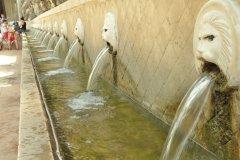 Les fontaines aux lions de Spili. (© Catherine FAUCHEUX)