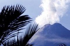 Volcan Arenal (© Pepeira, Tom - Iconotec)