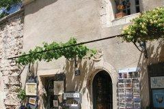 Petite boutique du village des Baux-de-Provence. (© Stéphan SZEREMETA)