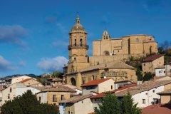 Labastida et son église. (© B.F.)