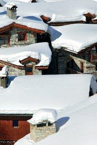 le guide pratique petit fut stations de ski savoie. Black Bedroom Furniture Sets. Home Design Ideas