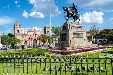 Plaza de Armas, Ayacucho. (© Jess Kraft / Shutterstock.com)