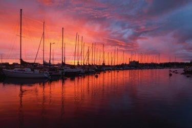 Coucher de soleil sur le port de Vaasa. (© Office de tourisme de Vaasa)