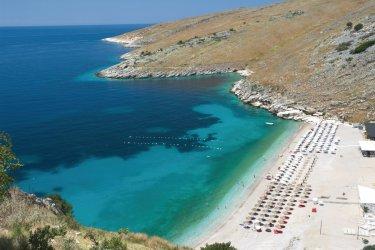 Côte Ionienne près de Himarë. (© Ollirg - Fotolia)