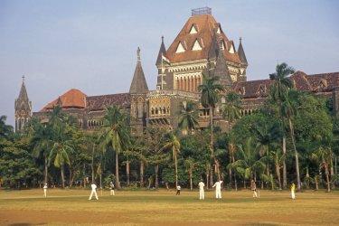 Grande bâtisse de style gothique dans le centre de Mumbai. (© Jeremy RICHARDS - iStockphoto)