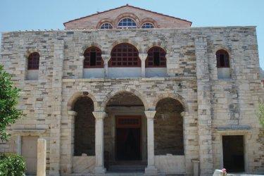 Panaghia Ektapoliani, l'un des monuments byzantins les plus importants de Grèce. (© Ana JOVETIC-VUCKOVIC)