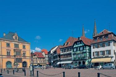 Place du marché - Obernai. (© S. NICOLAS - ICONOTEC)