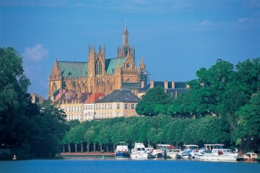 La cathédrale Saint-Étienne de Metz (© S. NICOLAS - ICONOTEC)