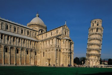 Toscane : Le campanile et le duomo de Pise.