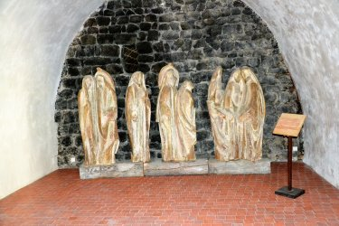 Statues en frêne de D. Kaeppelin. (© LE CAMINO)