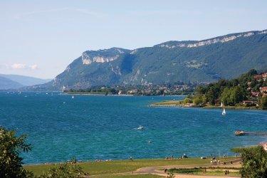 Le lac du Bourget (© Aurélien ANTOINE - Fotolia)