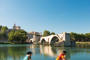 Pont Saint-Bénézet. (© Sime)