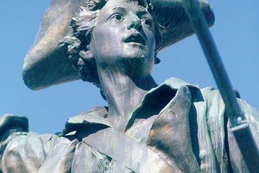Statue du Volontaire de 1792 (© ERWAN LE PRUNNEC - ICONOTEC)