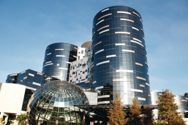 Immeubles modernes. (© paulwoodson - iStockphoto.com)