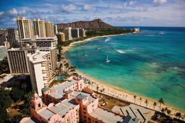 Waikiki beach et Leahi (Diamond Head). (© Hawaii Tourism Authority (HTA) / Tor Johnson)
