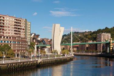 Le pont de la Salvé à Bilbao. (© Philippe GUERSAN)