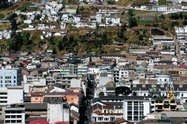 Panorama gagné après une ascencion vertigineuse de la basilique del Voto Nacíonal. (© Stéphan SZEREMETA)