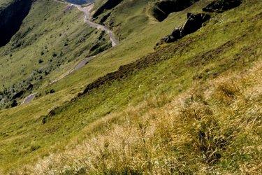 Au coeur des volcans d'Auvergne. (© David Hughes / Shuttestock.com)