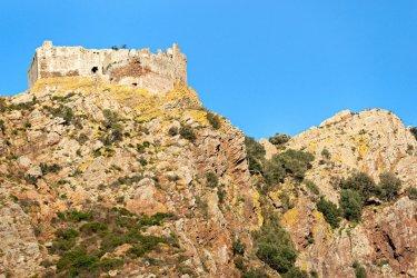 Château de Volterraio. (© Luciano Mortula - Shutterstock.com)