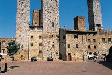 Les tours de San Giminiano. (© Eric Martin - Iconotec)