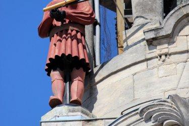 Martine, l'un des deux jacquemarts sur le campanile de l'hôtel de ville. (© Jackin / Adobe Stock)