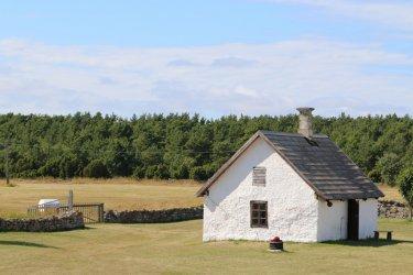 Ancien sauna sur l'île de Vilsandi (© o0TV0o - Shutterstock.com)