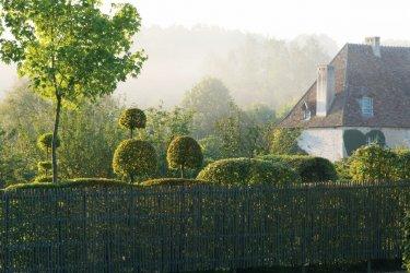 Les Jardins du Prieuré Notre-Dame d'Orsan. (© Photographie de François Berraldacci)