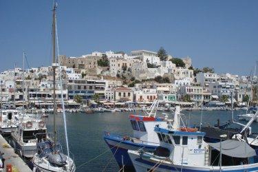 Port de Naxos. (© Ana JOVETIC-VUCKOVIC)