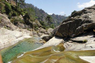 Le Canyon de Purcaraccia (© Corsica Madness)