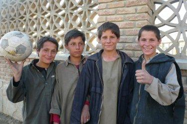 Enfants afghans.