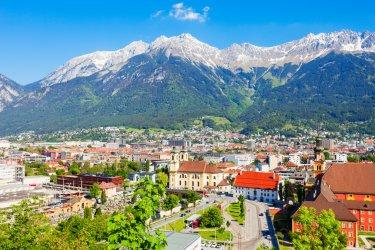 Vue sur la ville d'Innsbruck. (© saiko3p - stock.adobe.com)