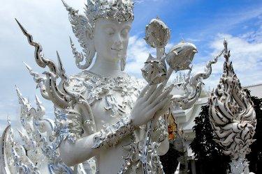 Le Temple Blanc, au sud de Chiang Raï. (© Maxime DRAY)