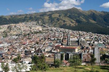 Splendide panorama sur Quito depuis le parc Itchimbía. (© Stéphan SZEREMETA)