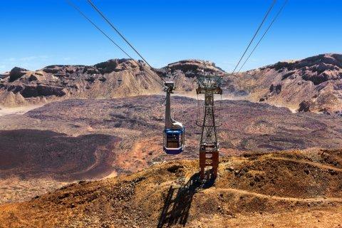 Téléphérique sur le volcan Teide sur l'île de Ténérife. (© Tatiana Popova - Shutterstock.com)