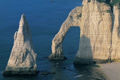 L'Aiguille d'Etretat (© CALI - ICONOTEC)