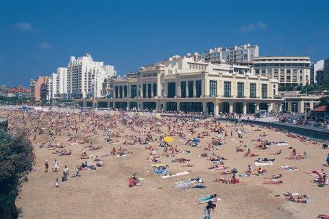 Plage de Biarritz (© MARC AUGER - ICONOTEC)