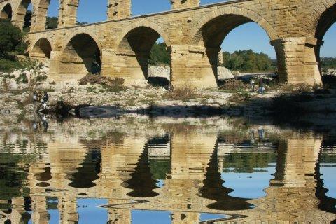 Le Pont du Gard (© MONIQUE POUZET - Fotolia)
