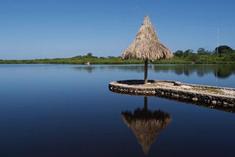 Lagon de la Isla de Utila. (© Holger METTE - iStockphoto)