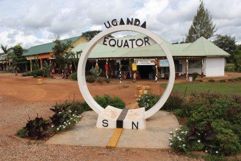 Ligne de l'équateur. (© Abdesslam Benzitouni)