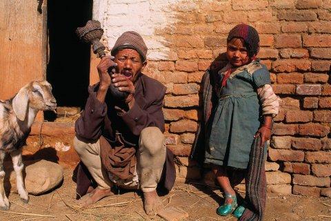 Rencontre dans les rues de Panauti. (© Author's Image)