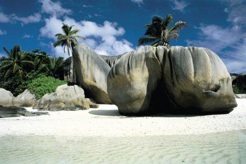 Rochers de granit. (© Itzak Newmann - Iconotec)