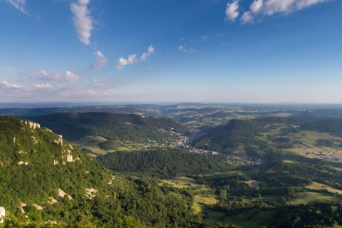 Vallée des Salins-les-Bains. (© Olympixel - Adobe Stock)